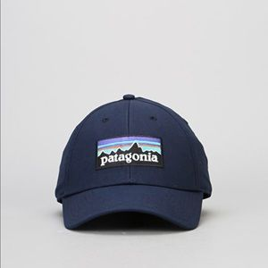 416aebff6cb00 Patagonia Accessories - PATAGONIA P-6 Logo Stretch Fit Cap - Navy Blue